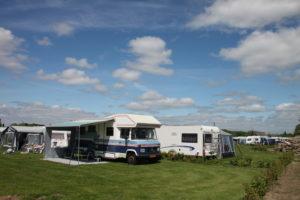 Camperplaats kampeerveld
